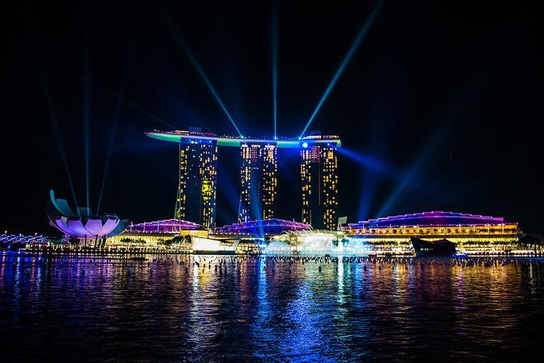 Blue laser show in Marina Bay