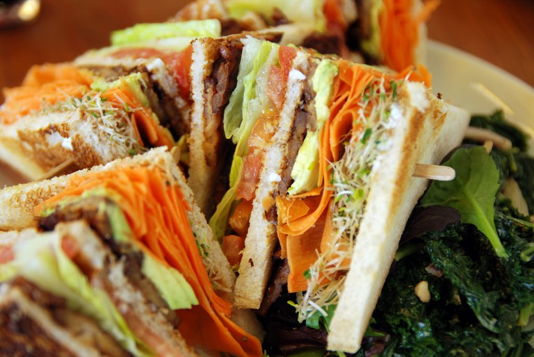 Tempeh club sandwich