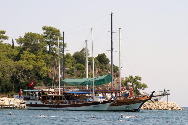 Kemer Boats