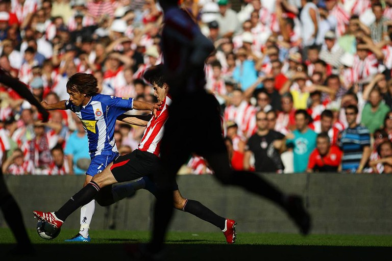 AUGUST 30, 2009 - Football : Shunsuke Nakamura of Japan makes a debut as La Liga match between Athletic Club and RCD Espanyol at the San Mames on August 30, 2009 in Bilbao, Spain. (Photo by Tsutomu Takasu)