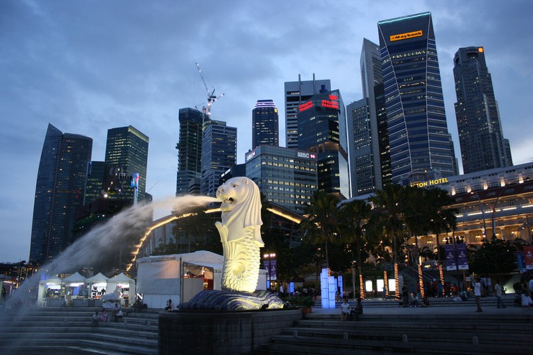 View of the Merlion and Singapore Skyline