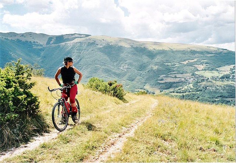 640px-Mountain_bike_ParcoSibillini