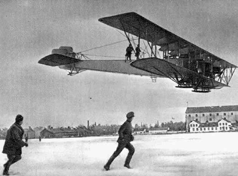 Sikorsky Ilya Muromets, the very first airliner