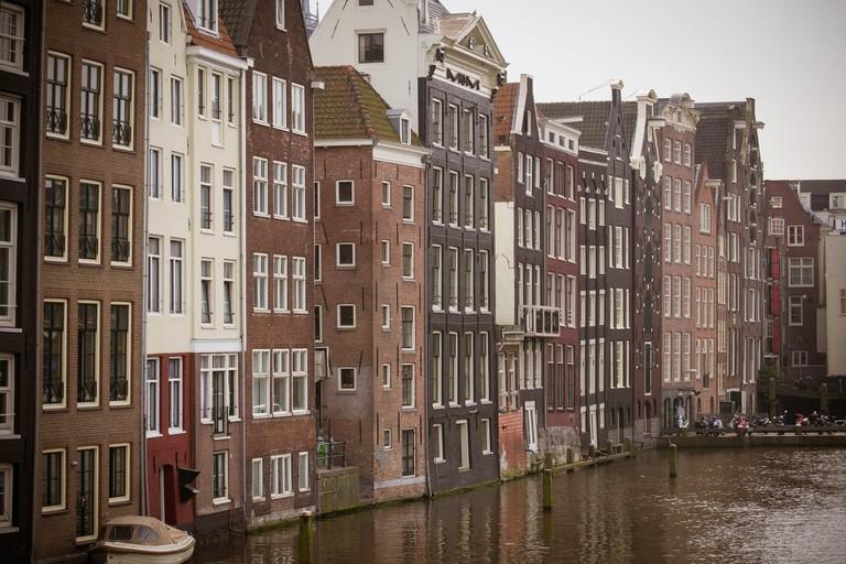 amsterdam-1346497_1920