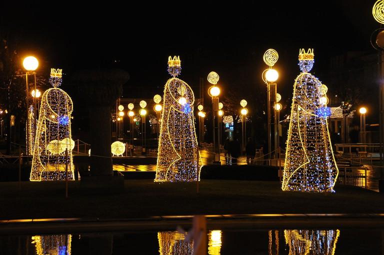Christmas_decorations_in_Braga_(6)