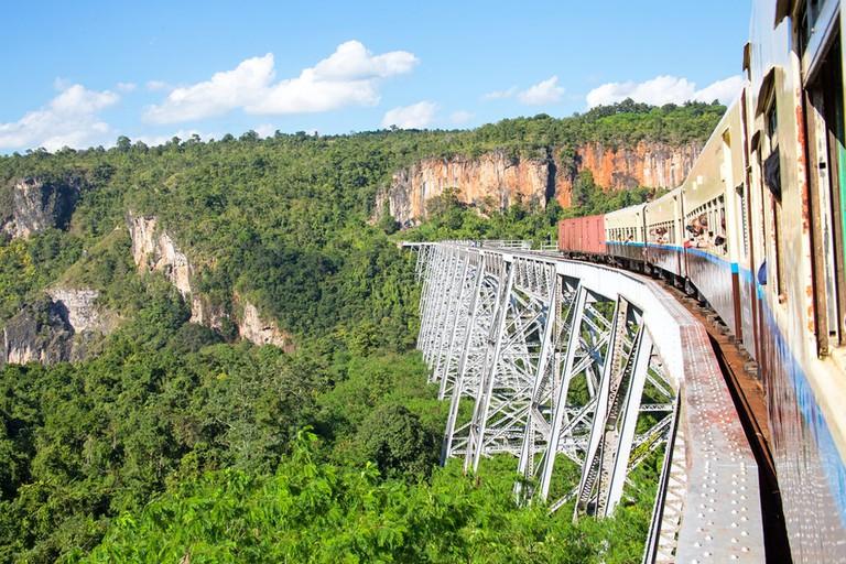 Goetik-Viaduct-Shan-State_Myanmar