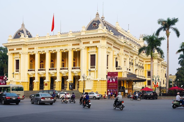 Hanoi Opera House | © Nicolas Lannuzel/WikiCommons