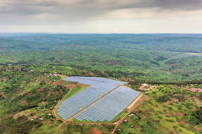 The solar field of Agahozo Shalom close to Rwamagana in the Eastern Province | Courtesy of Gaël R. Vande weghe and Philippe Nyirimihigo