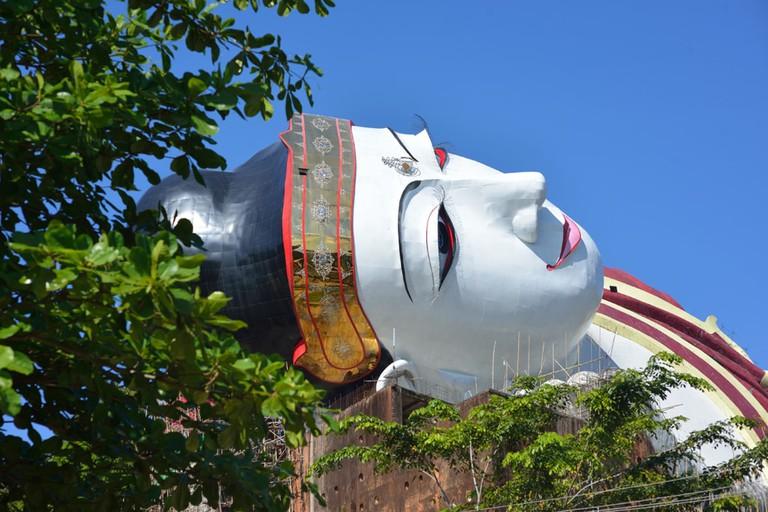 Massive-Reclining-Buddha-Statue-Myanmar