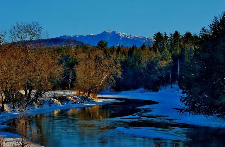 Mount_Mansfield,_Vermont_-_panoramio_(1)