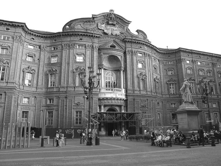 Palazzo Caringnano 2