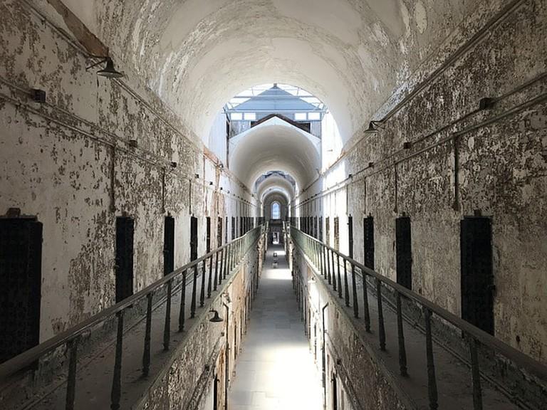 prison-2403953_640