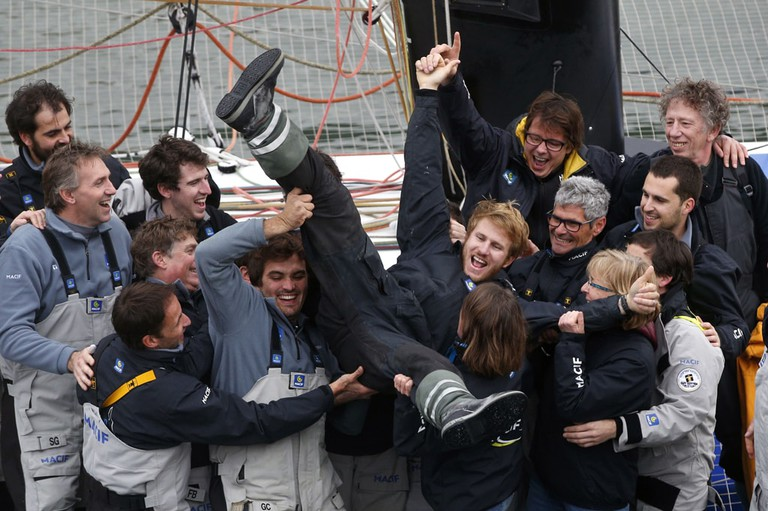 François Gabart has broken the record for sailing around the world alone, circumnavigating the planet in just 42 days and 16 hours