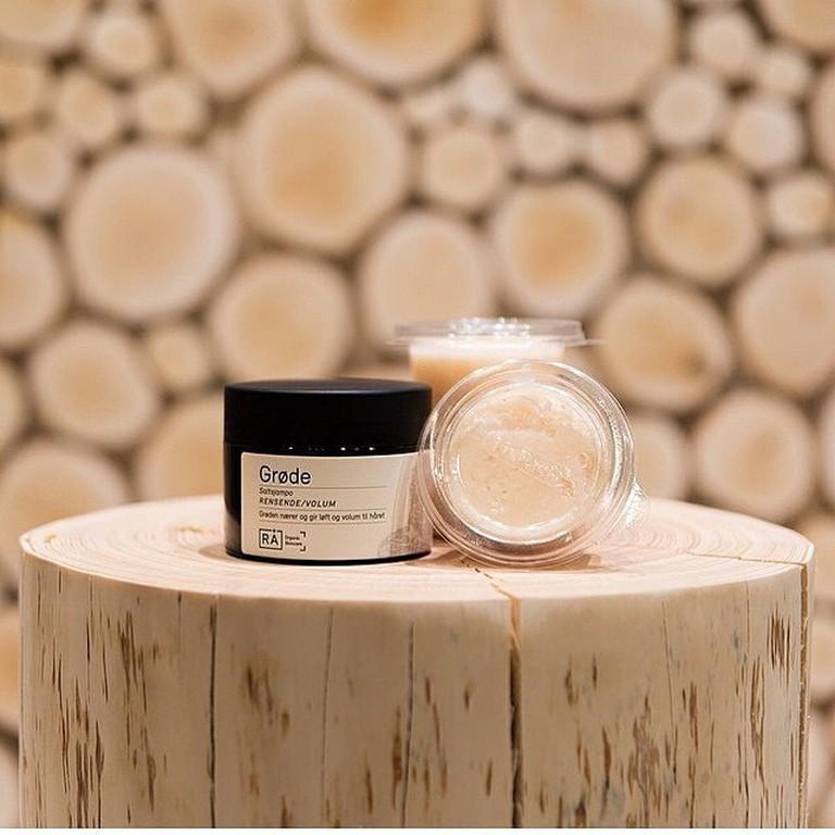 Salt shampoo | Courtesy of Rå Organic Skincare