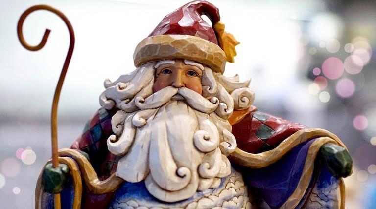 santa-claus-2984222_1920