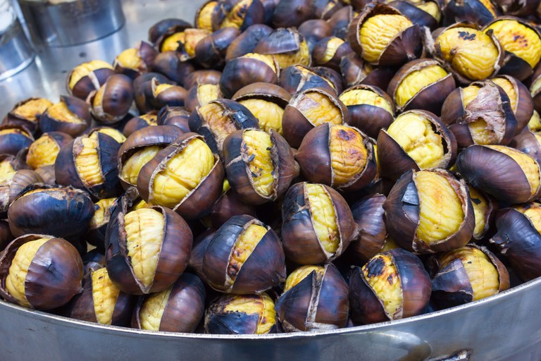 Roasted Chestnuts | © FPWing/Shutterstock