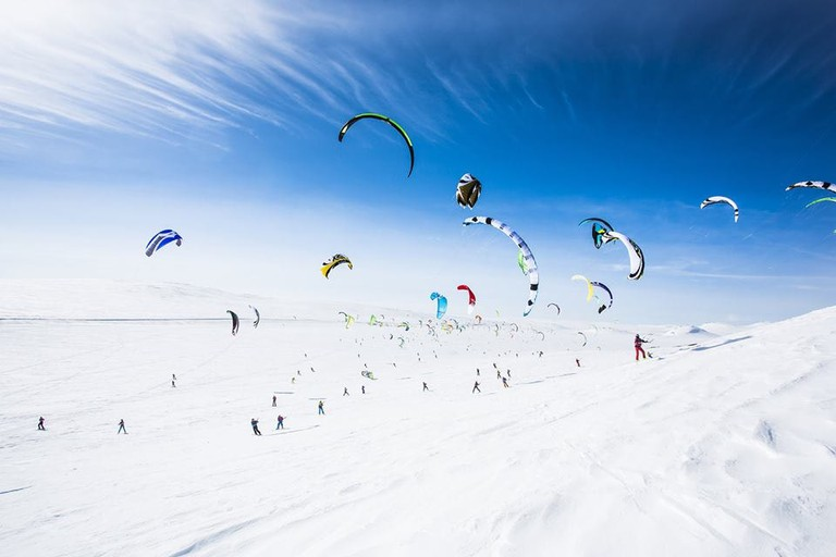 Snowkiting during Red Bull Ragnarok | Courtesy of Haugastøl