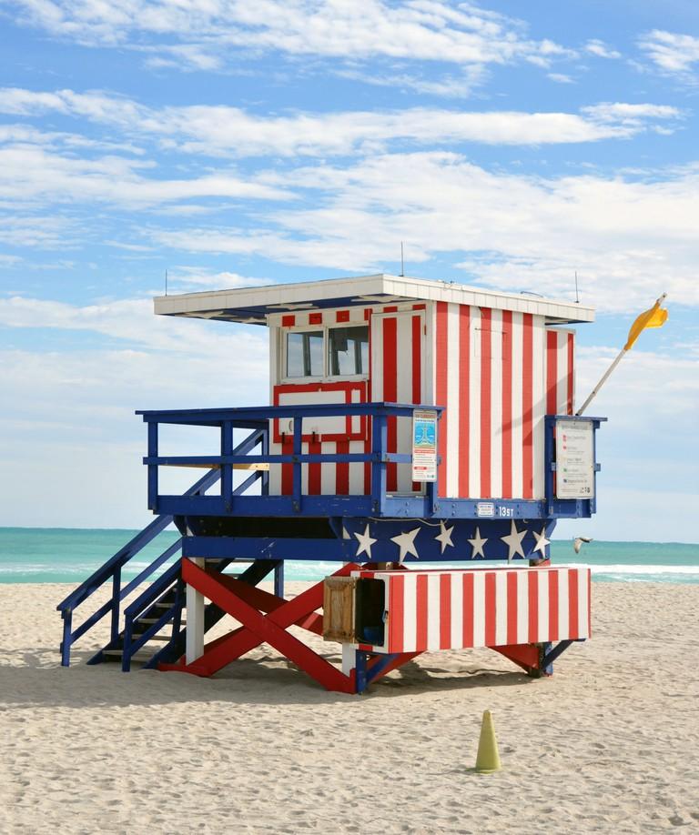 South_beach_miami_lifeguard_post
