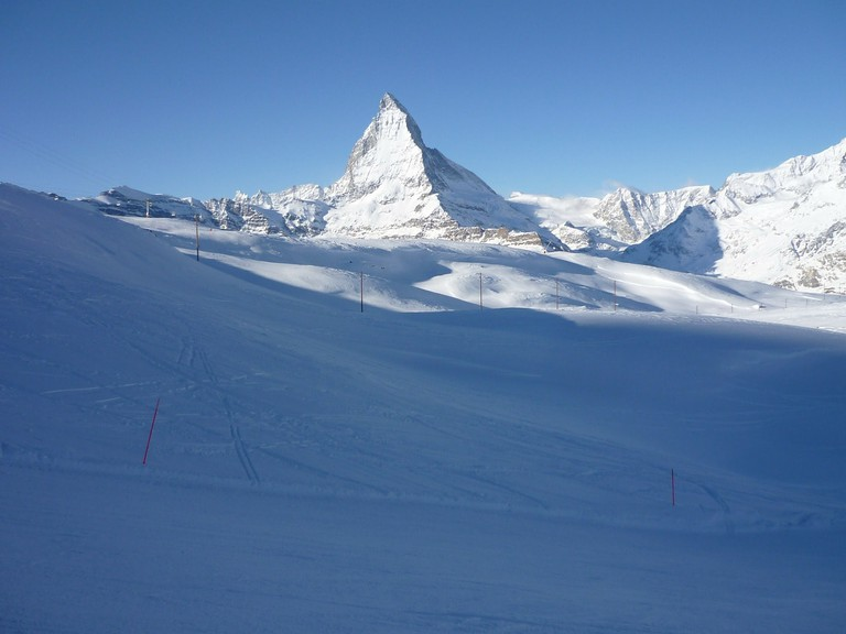 Learn to ski in the shadow of the Matterhorn