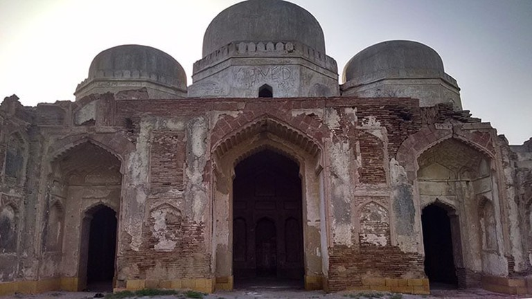 The_Historical_Mosque_1_,Tando_Fazal_,Hyderabad_,sindh_Pakistan web