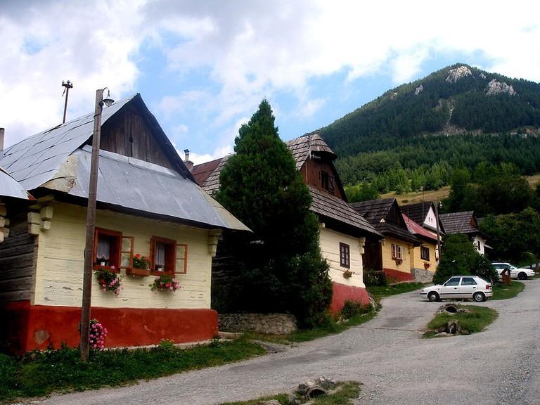 1024px-Slovakia_Vlkolinec_29