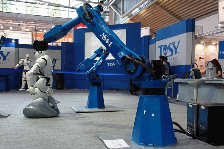 TOSY Robots | © humanrobo/WikiCommons