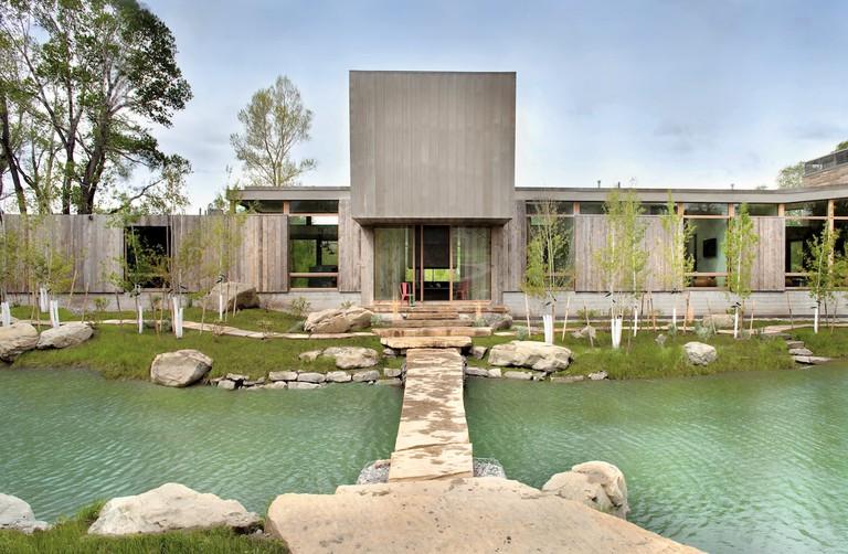 Watershed Lodge, Hughes Umbanhowar Architects (HUUM), 2013, Big Timber, MT, USA