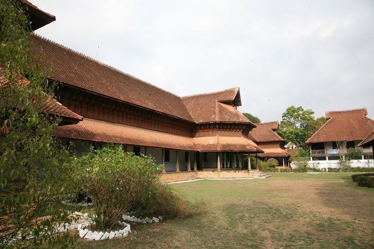 2.kuthiramalika_palace_
