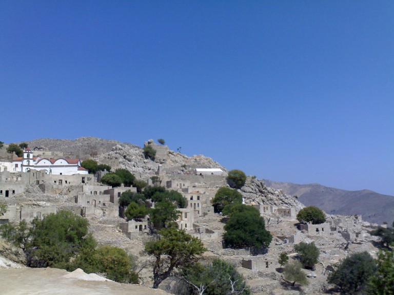The abandoned village of Mikro Chorio