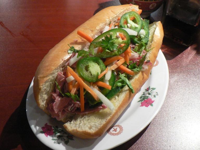 Bánh mì sandwich | © stu_spivack/Flickr