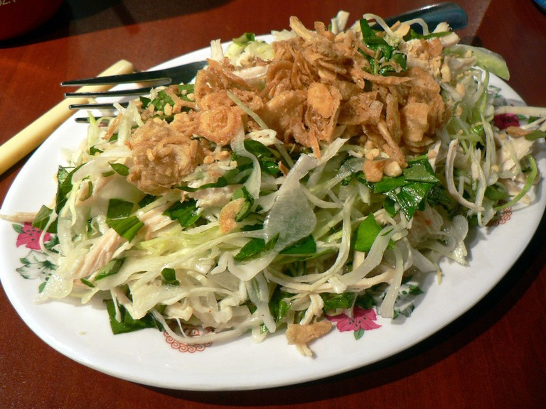 Vietnamese salad | © stu_spivack/Flickr