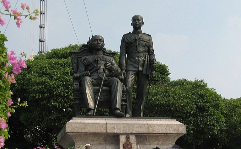 Statues of Rama V and Rama VI