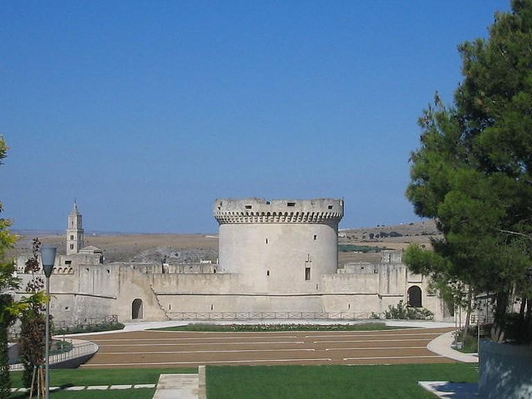 Tramontano Castel