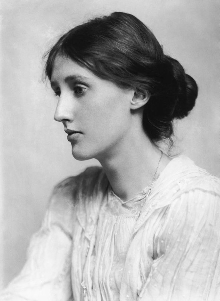 659px-George_Charles_Beresford_-_Virginia_Woolf_in_1902_-_Restoration