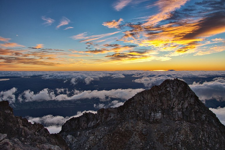 Summit view Mt Taranaki | ©Dave Young/Flickr