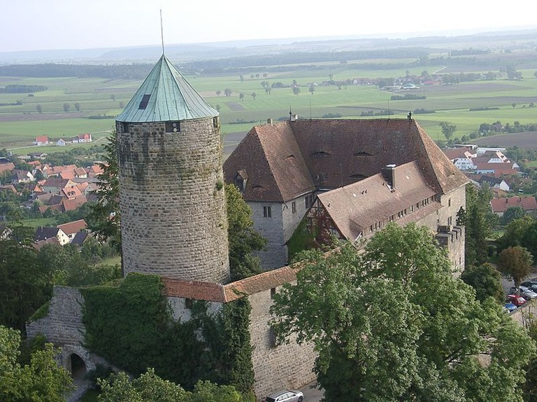 800px-Burg_Colmberg_2