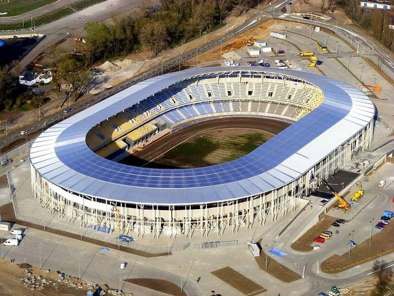 800px-Stadion_unibax