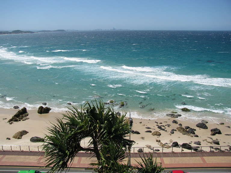 Kirra Beach © Flickr / Holiday Point