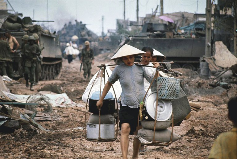 When the fighting came to Saigon | © manhhai/Flickr (Original by Philip Jones Griffiths)