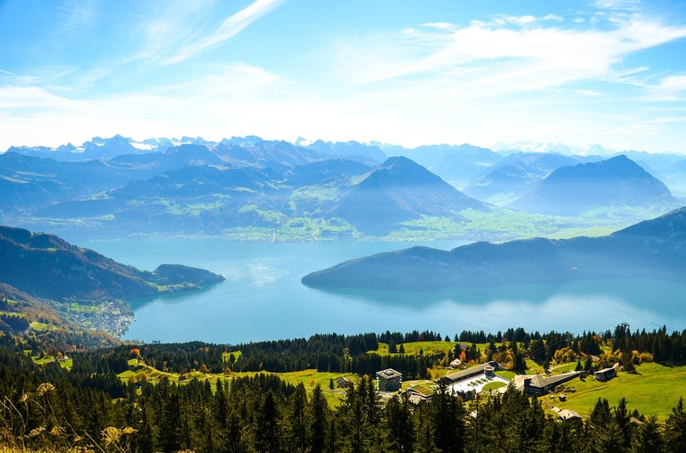 alpine-2872095_1280