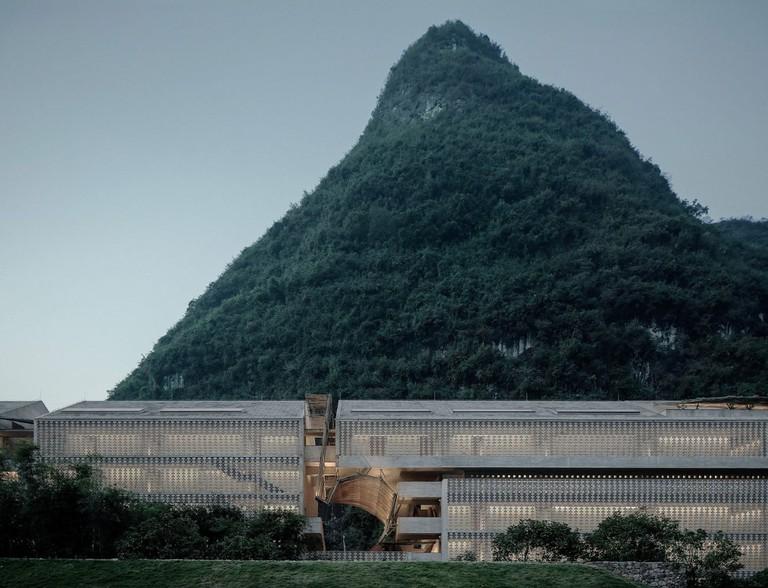 architecture-vector-architects-alila-yangshuo-hotel-02-1440x1102