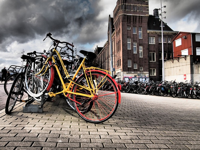 There are several apps dedicated to bikes in Amsterdam