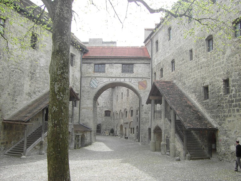 BurghausenCastleMainCourt