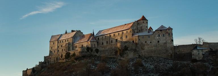 castle-3008398_1280