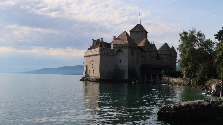 chateau-de-chillon-2646612_1280