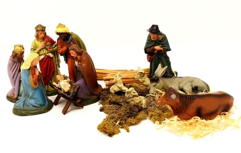 christmas-crib-figures-3013443_1280