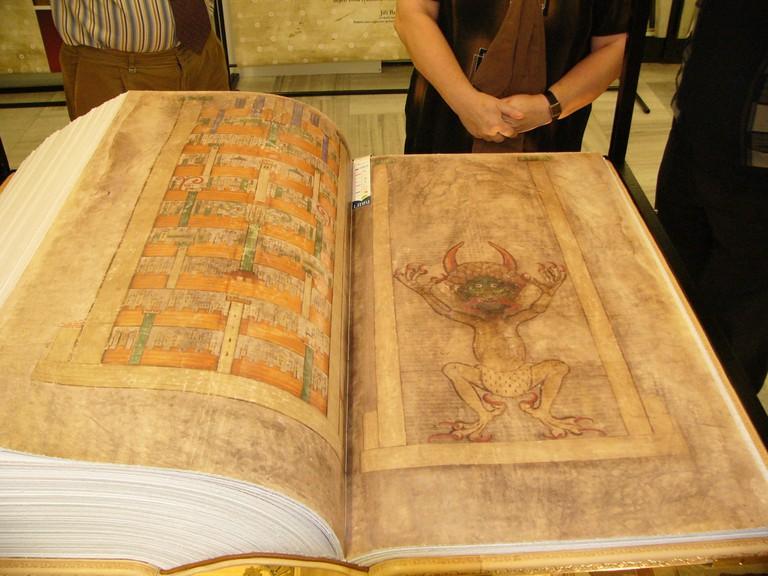 Codex_Gigas_facsimile