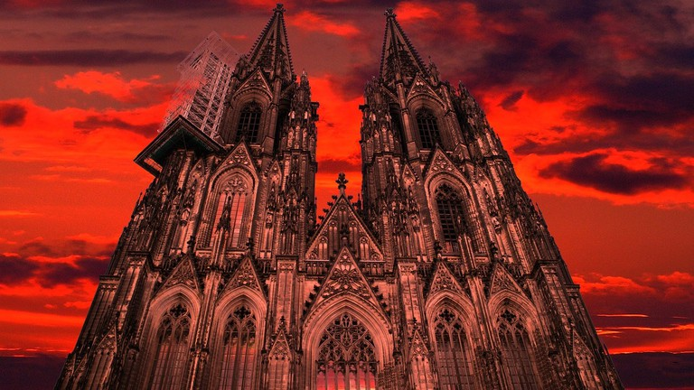 Cologne Cathedral looking really scary