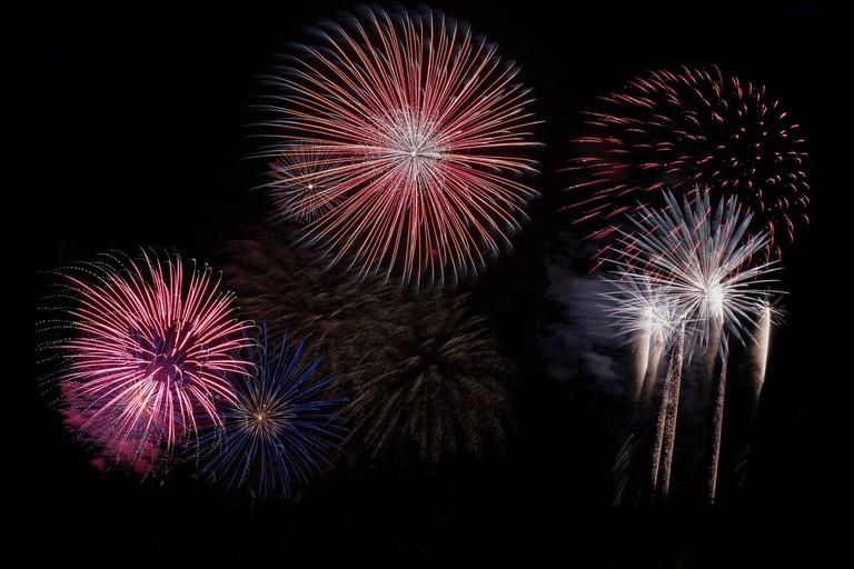 fireworks-879461_1280