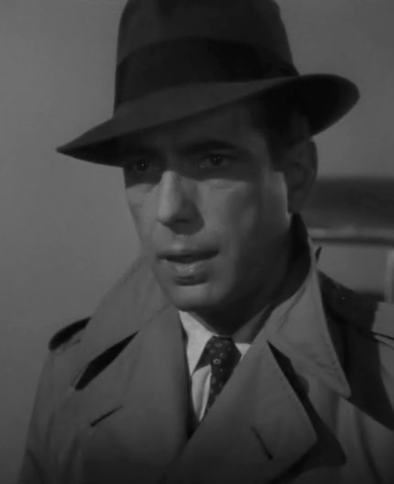 Humphrey_Bogart_in_Casablanca_trailer_(cropped)